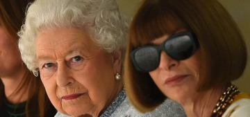 Queen Elizabeth went to London Fashion Week, sat front-row with Anna Wintour