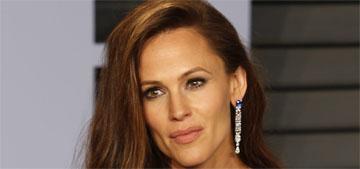 Jennifer Garner voices over her Oscars meme: 'Hey Jimmy Kimmel, what's in your wallet?'