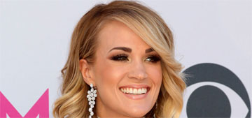 Carrie Underwood's big reveal was her single premiere & she's performing this Sunday