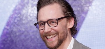 Tom Hiddleston looked handsome, gingery & beardy in Seoul, South Korea