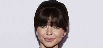 Did Sarah Hyland get some clip-in bangs or are they real?