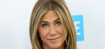 Jennifer Aniston stepped out for WE Day in LA: what did happen to her wrist?