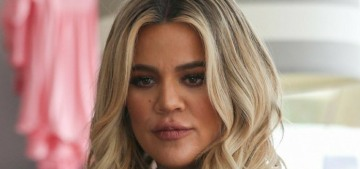E!: Khloe Kardashian 'feels like she is living in her own personal hell'