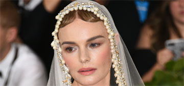 Kate Bosworth in Oscar de la Renta at the Met Gala: morose, saint-like?