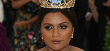 Mindy Kaling wore a literal crown to the Met Gala: queen realness or not so much?