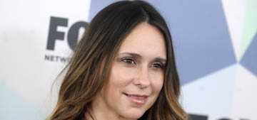 Jennifer Love Hewitt apologizes for 'looking like a hot mess on the red carpet'