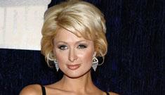 Paris Hilton announces Christina Aguilera's pregnancy