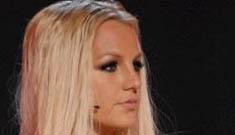 Britney bombs at the VMAs