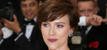 Scarlett Johansson can't stop, won't stop having dinner with Woody Allen