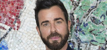 E!: Justin Theroux & Emma Stone are 'just friends' but he's 'casually dating'