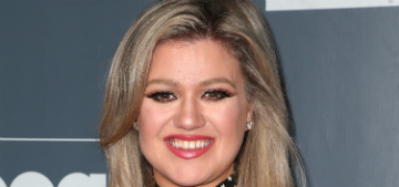 Kelly Clarkson may have lost 37 lbs but 'weight loss wasn't the goal'