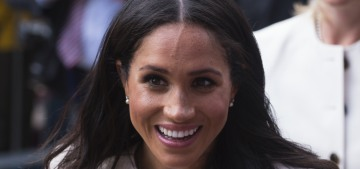 Queen Elizabeth gifted Duchess Meghan the pair of earrings she's wearing today
