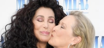 Meryl Streep & Cher made out at the 'Mamma Mia: Here We Go Again' premiere
