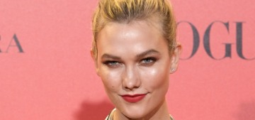 Karlie Kloss's engagement ring is a cushion-cut diamond, probably 7 or 8 carats