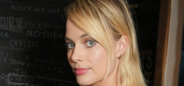 """Here's the first look at Margot Robbie as the late Sharon Tate"" links"