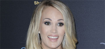 Carrie Underwood posts shadowy bump pic, this is going to be like her scar reveal right?
