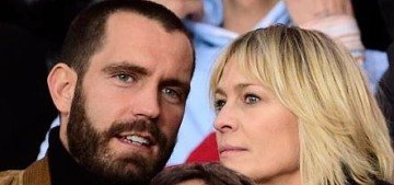 Robin Wright married her younger, French boyfriend with a bohemian wedding