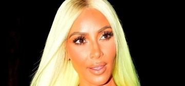 Kim Kardashian matched her neon lime wig to her neon lime Lambo in Miami