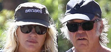 Daryl Hannah and Neil Young had a 'small, intimate' wedding on a yacht
