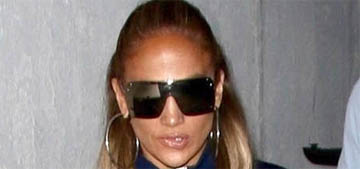 Jennifer Lopez and Alex Rodriguez left a restaurant to avoid seeing her ex