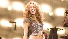 Good Celebrity: Shakira takes college classes for fun
