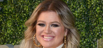 Kelly Clarkson got a daytime talk show on NBC, will be the lead-in for 'Ellen'