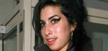 """""""Amy Winehouse's family wants to do a biopic of Amy's life"""" links"""