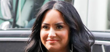 Demi Lovato spotted out of rehab and out to dinner with a new guy