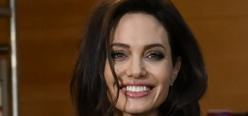 People: Angelina Jolie & Brad working on a settlement, she 'isn't seeking full custody'