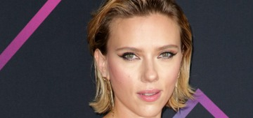 Scarlett Johansson in Versace at the People's Choice Awards: totally '80s or cute?