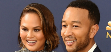 Chrissy Teigen & John Legend made each other cry at the Glamour WOTY awards