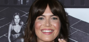 Mandy Moore had a low-key backyard wedding & 12 different kinds of cake!