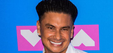 Pauly D spent $500k on a 48 carat diamond pendant of his stupid face