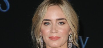 Emily Blunt in Yanina Couture at the 'Mary Poppins Returns' premiere: gorgeous?