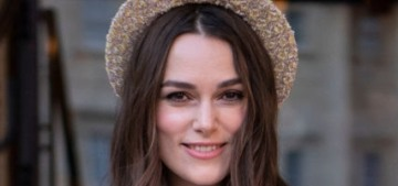 Keira Knightley looked adorable in Chanel for her OBE investiture
