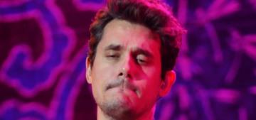 """John Mayer is apparently interested in Kourtney Kardashian"" links"