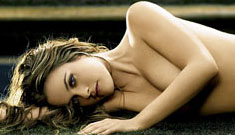 Alicia Silverstone naked to promote vegetarianism (update: Video)