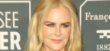 Nicole Kidman in structural Armani at the Critics' Choice Awards: messy or fine?