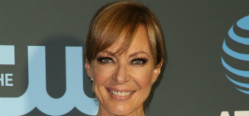 A psychic told Allison Janney she was going to meet a guy so she's out looking for him