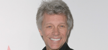 Jon Bon Jovi's restaurant is giving free meals to furloughed government workers
