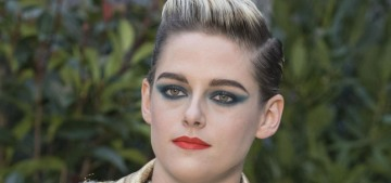 Wow, Kristen Stewart looked like ten kinds of hell at the PFW Chanel show