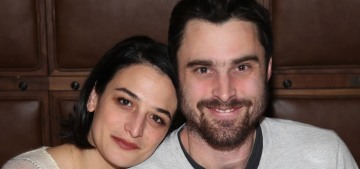 Jenny Slate made her couple-debut at Sundance with her woodsy, artist boyfriend