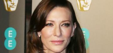 Cate Blanchett went brunette & covered herself in weird rocks at the BAFTAs