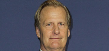 Jeff Daniels loves peanut butter on rice cakes with BBQ sauce (update: review)
