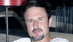 """David Arquette apologizes for calling Latinas """"nuts"""""""