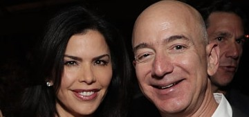 Jeff Bezos is still with Lauren Sanchez, even though there are so many shenanigans