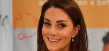 Duchess Kate wore trousers & a Gucci blouse in London: professional & dated?