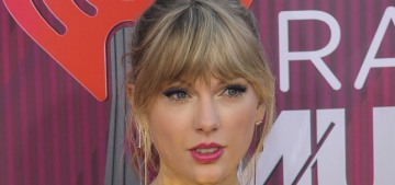 Taylor Swift in Rosa Bloom at the iHeart Radio Music Awards: cute & bangsy?