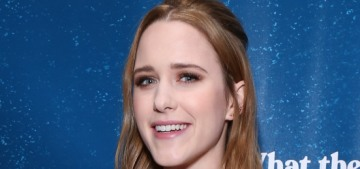 Rachel Brosnahan changed up her hair color & suddenly looks radically different