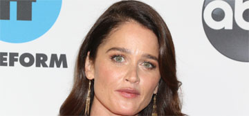 Robin Tunney, 46, gets sent scripts to play grandmothers